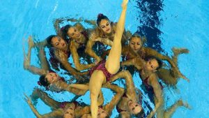 ejercicios natacion sincronizada